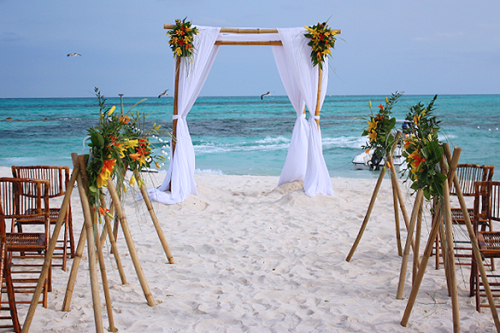 Bahamas Beach Weddings Abroad In The Caribbean
