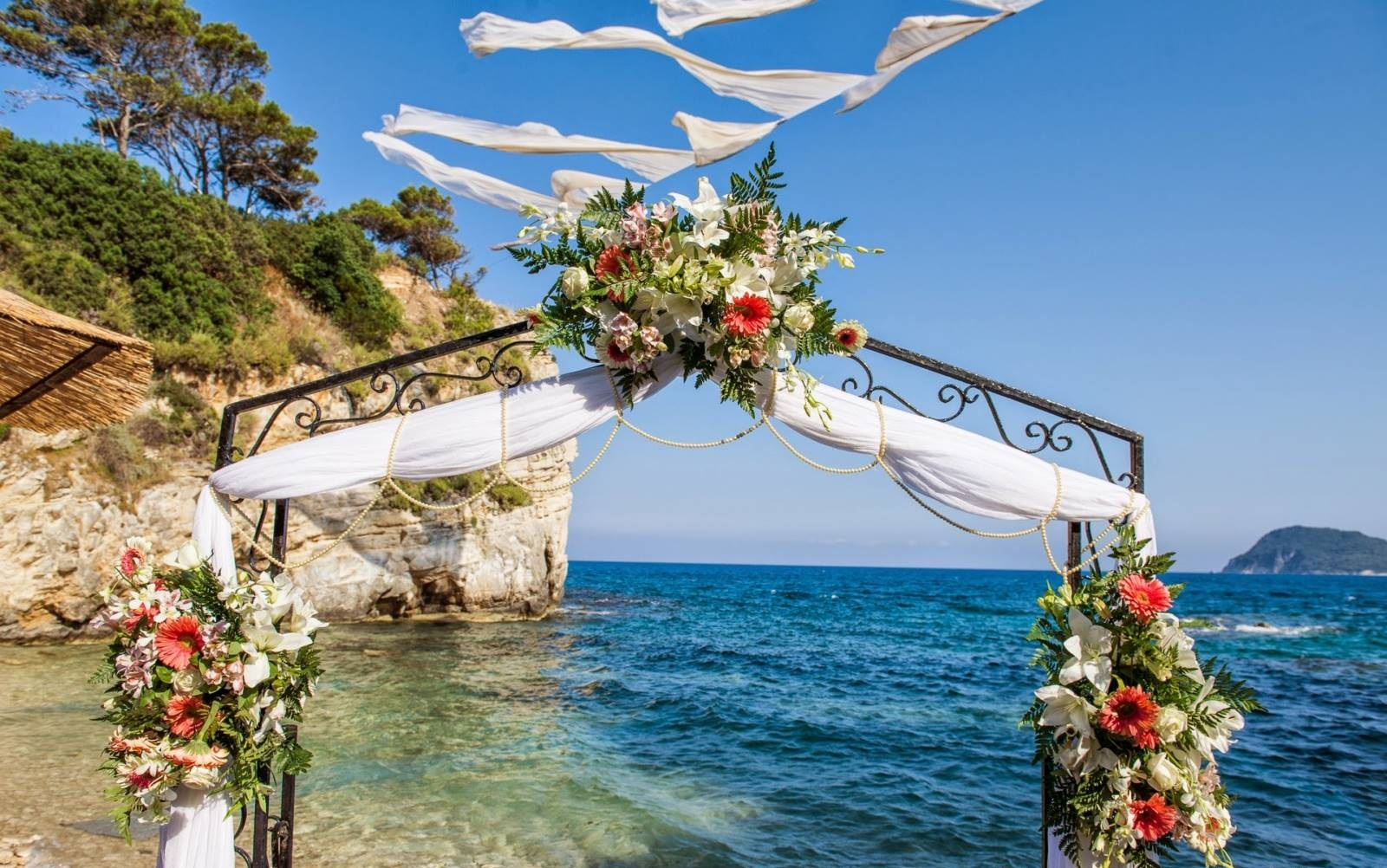 Get Married Abroad At Cameo Island In Greece