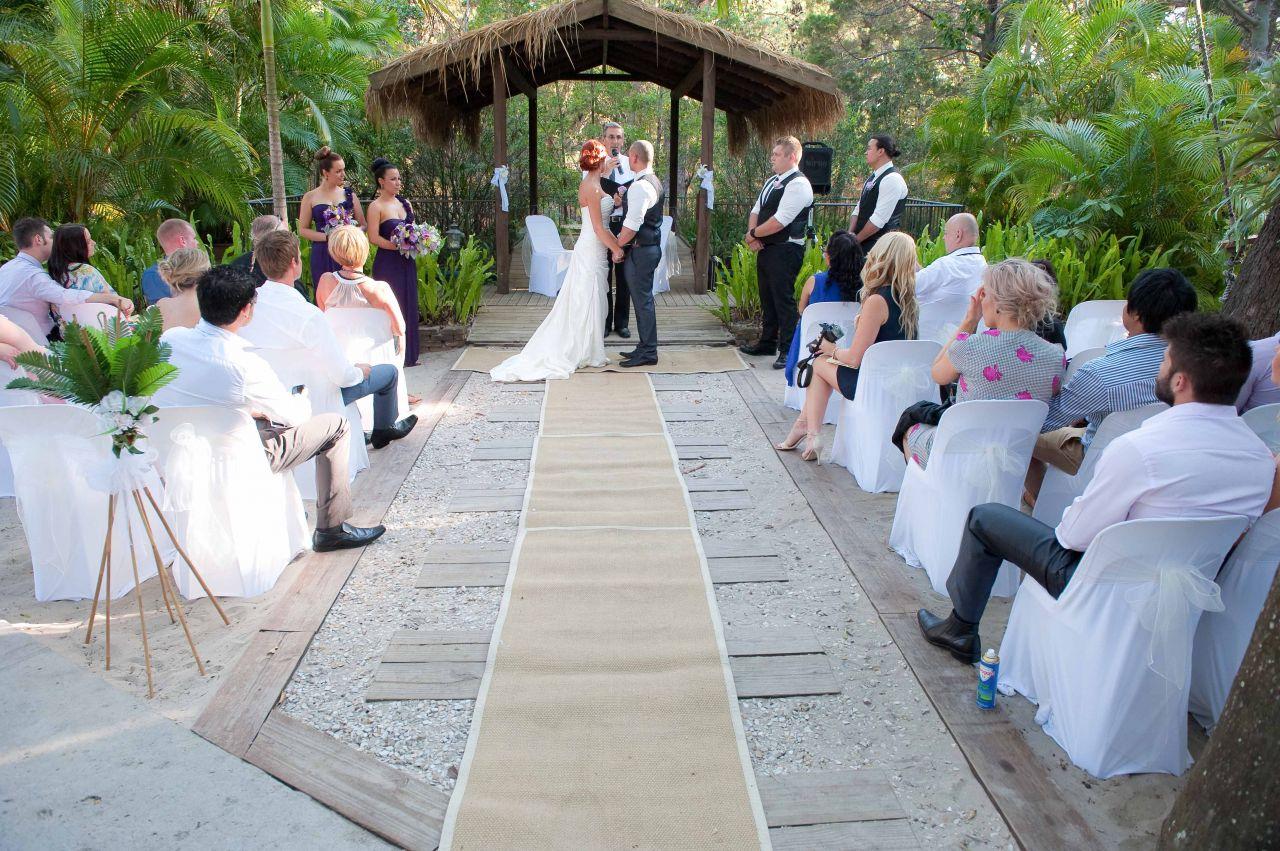 Weddings at gold coast beach wedding gold coast beach for Beach wedding venues east coast