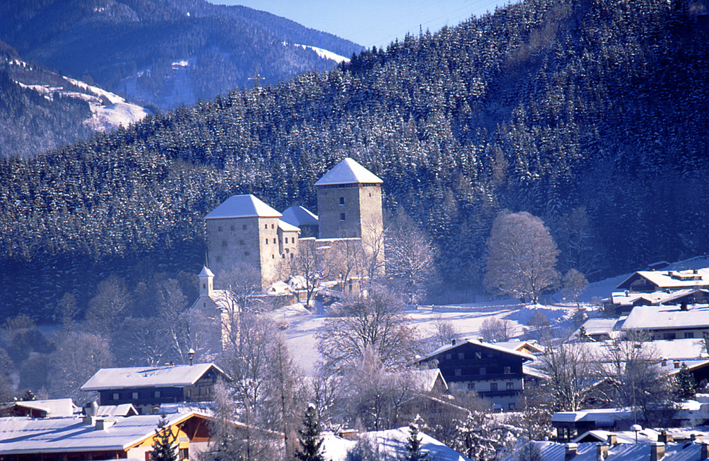 Kaprun Castle Weddings Weddings At Kaprun Castle In Kaprun Austria