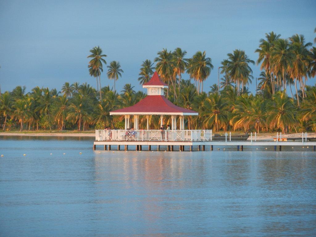 Weddings Abroad At Luxury Bahia Principe Bouganville