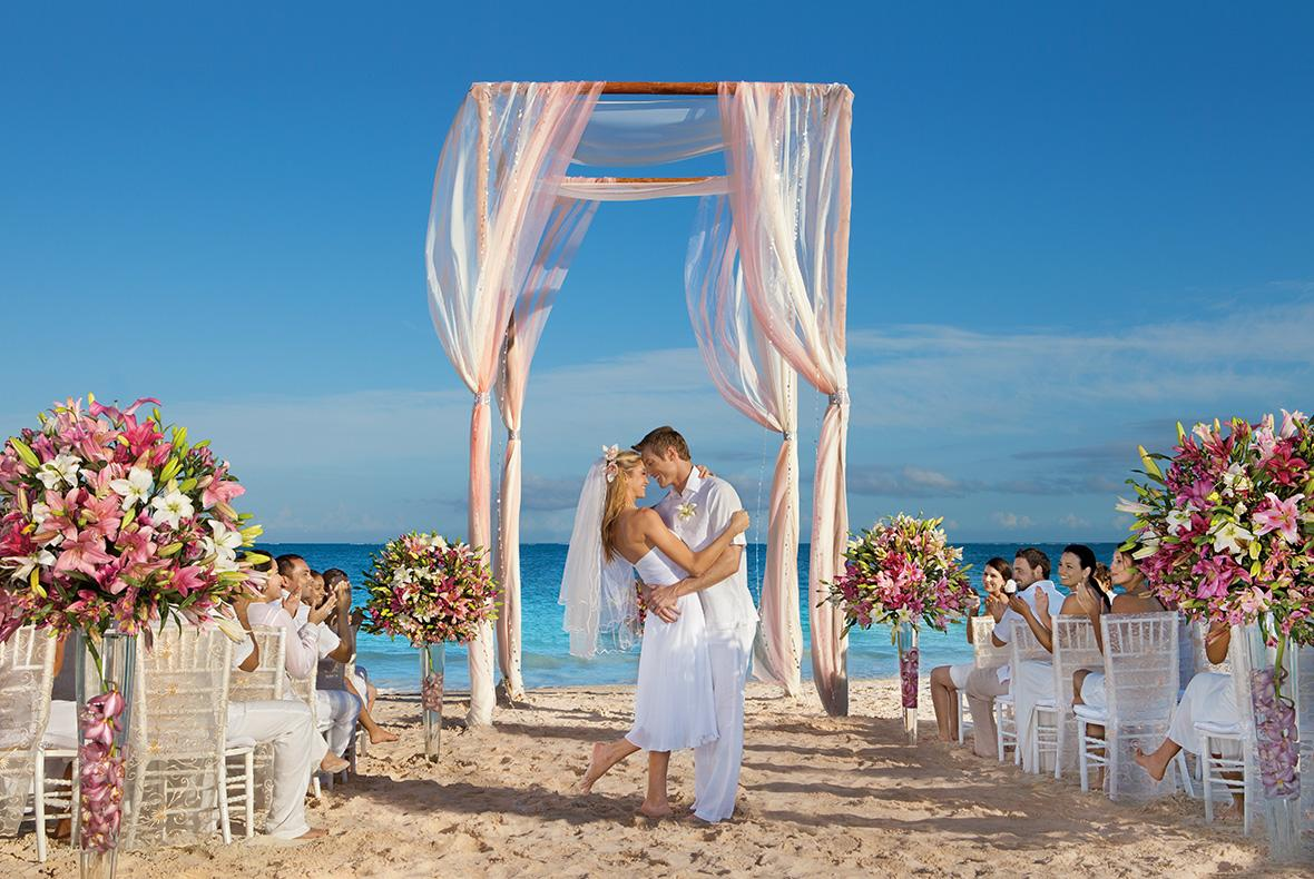 Cheap destination wedding locations budgeted wedding for Warm cheap places to live