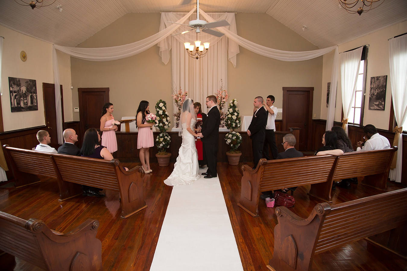 Weddings Abroad At The Winter Park Chapel