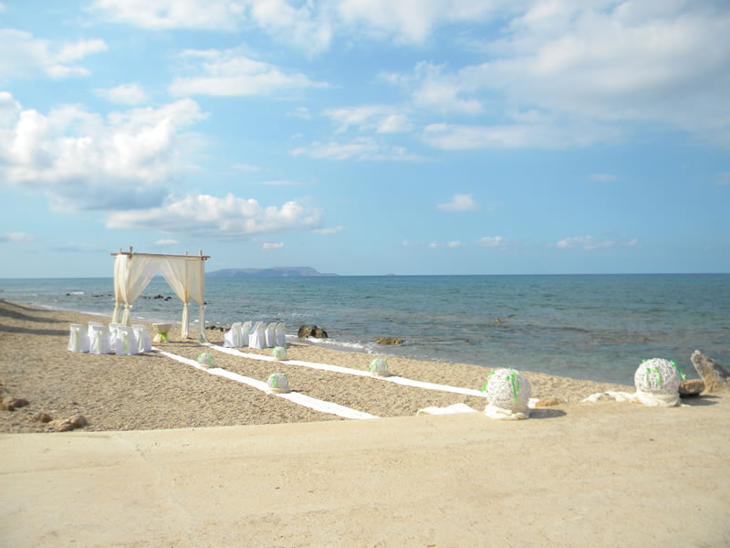 analipsi beach 1 - beach wedding thailand