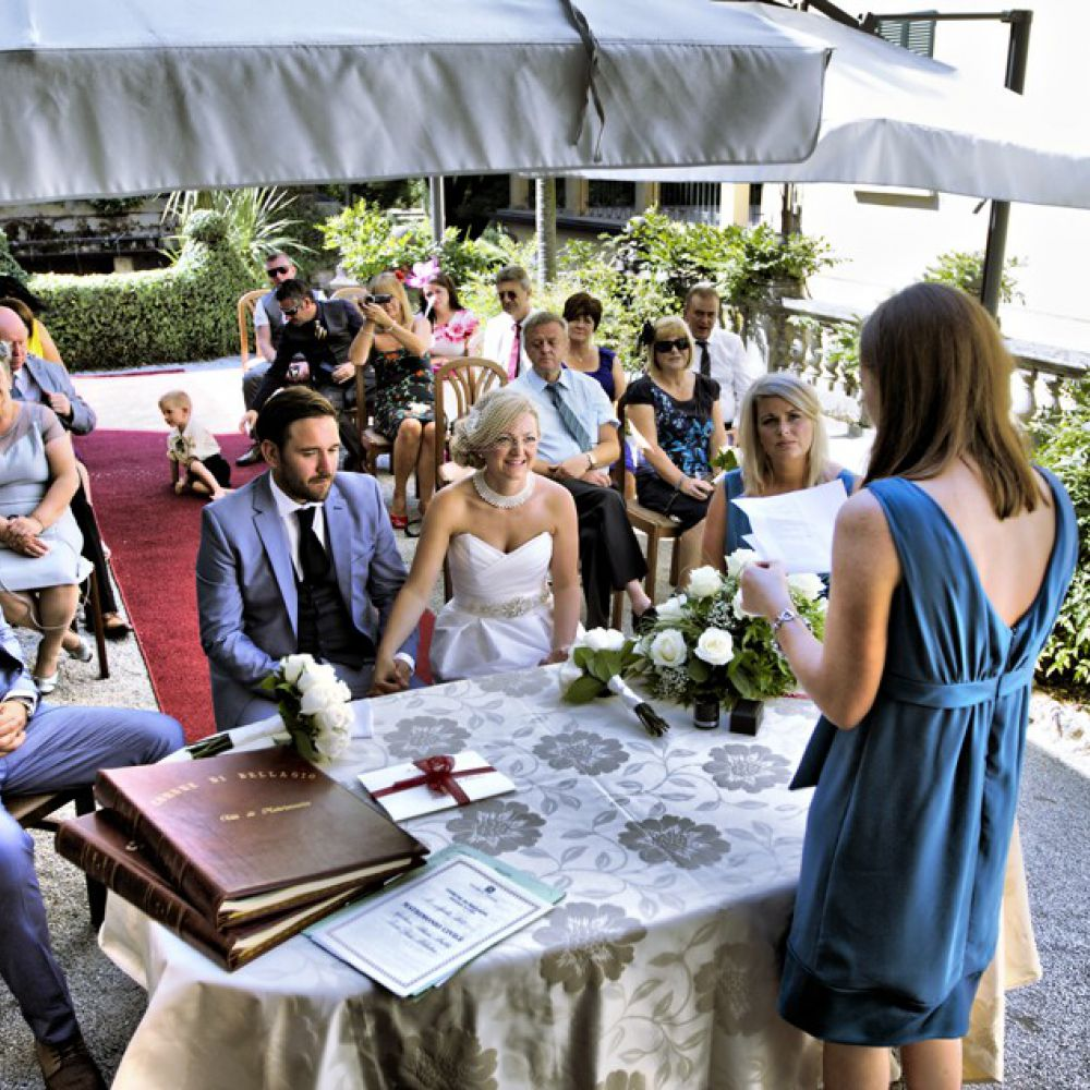 Perfect Weddings Abroad: Lake Como Bellagio Town Hall Ceremony Only