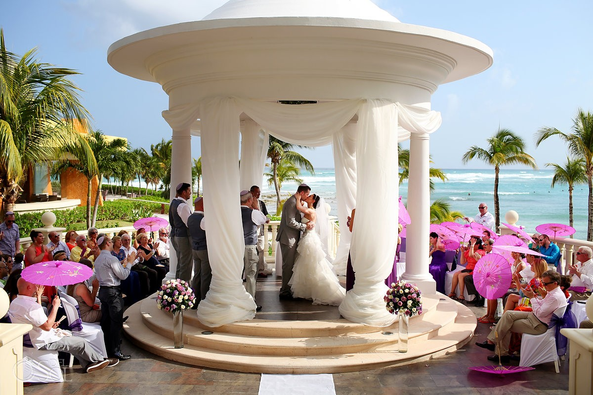 Weddings In Barcelo Maya Palace Deluxe– Barcelo Maya