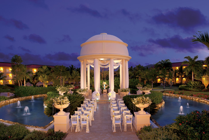 Weddings at dreams punta cana abroad wedding packages for Punta cana wedding resorts