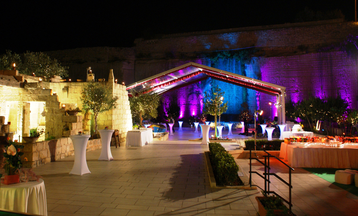 Weddings at Limestone Heritage – Getting Married Abroad at